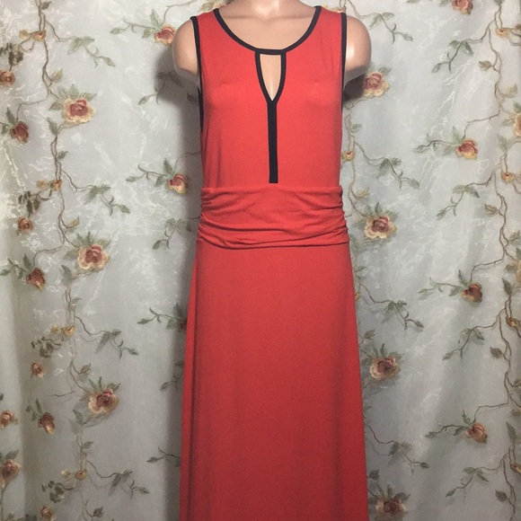 Vince Camuto Dresses & Skirts - ✨Vince Camuto Red & Black Maxi Dress